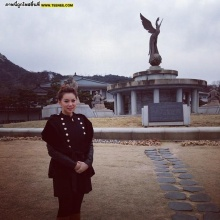 Pic : เกาหลียังฮิต!! เกาะติด บุ๋ม ปนัดดา สัมผัสความเย็น