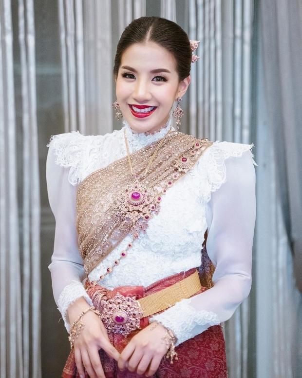 ว้าว!! ใบเตย ทิ้งความเซ็กซี่ ขอสวยสง่าในความเป็นไทย