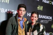 Pic : คู่จิ้นวิกหมอชิต พอร์ช ศรัณย์ - มิน พีชญา ณ งานอีเว้นท์ H&M
