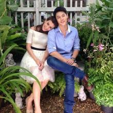 คู่จิ้น หมาก-คิม น่ารักๆกับแก๊งค์ ต้นรักริมรั้ว
