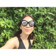 รวมภาพแฟชั่นแว่นกันแดดของสาวฮอตอย่างแมท - ภีรนีย์