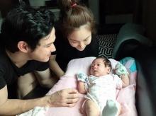 น้องพลอยเจ ลูกสาว เจจินตัย พลอย 1 เดือนแล้ว ตาแป๋ว น่ารักมาก