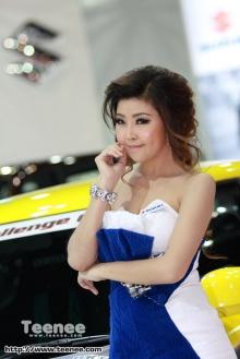 แบ๊ว..สดใส พริตตี้สาวสวยจากค่าย Suzuki มอเตอร์โชว์ 2011